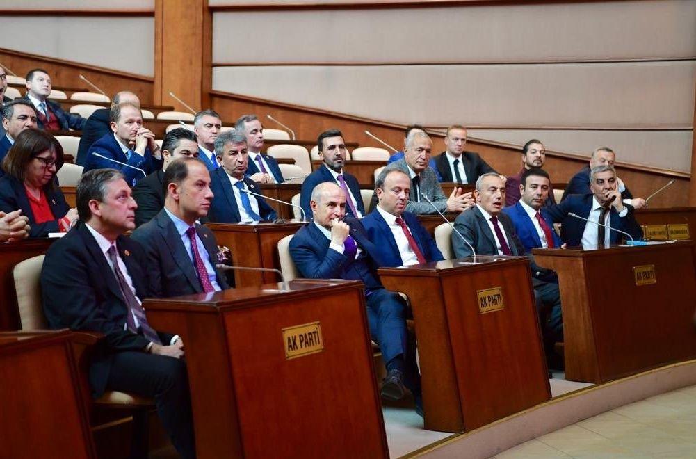 İmamoğlu meclis üyeleriyle bir araya geldi: Tarihe geçersiniz! Son dakika haberleri
