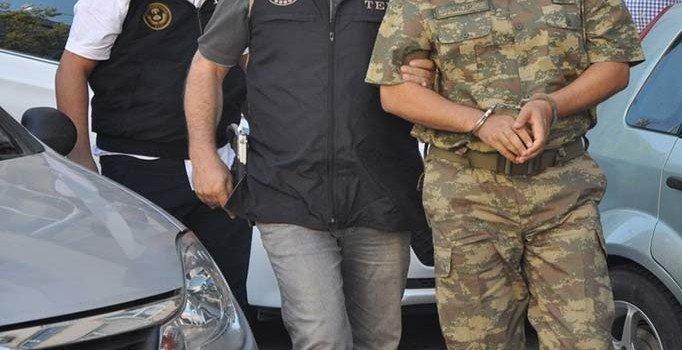 Aktif polis ve askerlere operasyon: 10 ilde 21 gözaltı