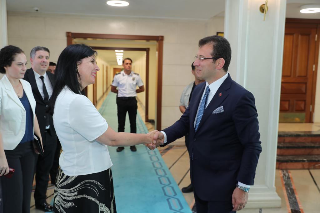 Yabancı diplomatlardan  İmamoğlu'na tebrik ziyareti...