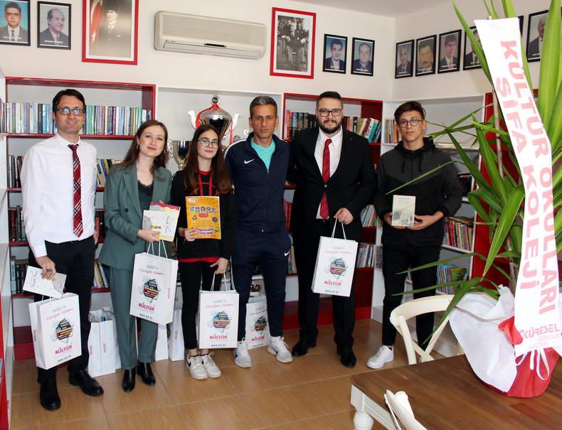 Antalyaspor Kütüphanesine Kitap Desteği...