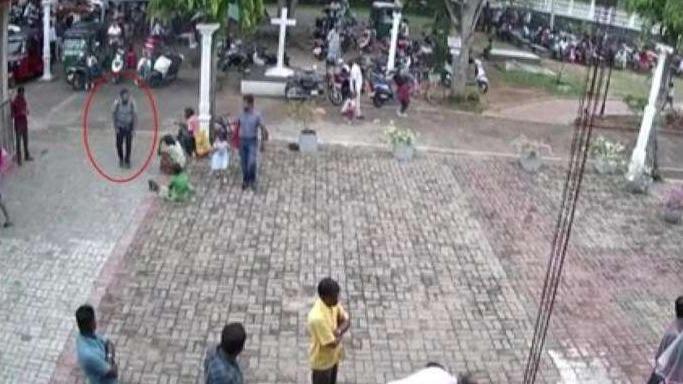 Sri Lanka'da intihar bombacılarının görüntüleri ortaya çıktı