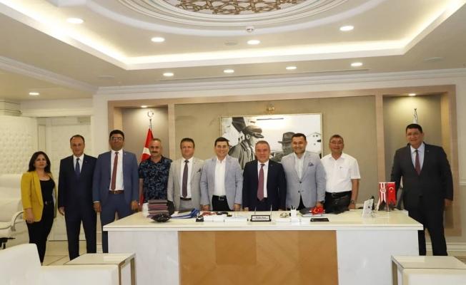 Belediyeler Birliği'nden Başkan Muhittin Böcek'e ziyaret...