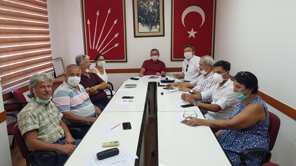 CHP ALANYA İLÇE TEŞKİLATI 15 TEMMUZ'DA DARBELERİ LANETLEDİ...