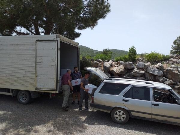 Cumhuriyet Halk Partisi Antalya İl Başkanlığından Alanya'daki ihtiyaç sahiplerine gıda desteği geldi...