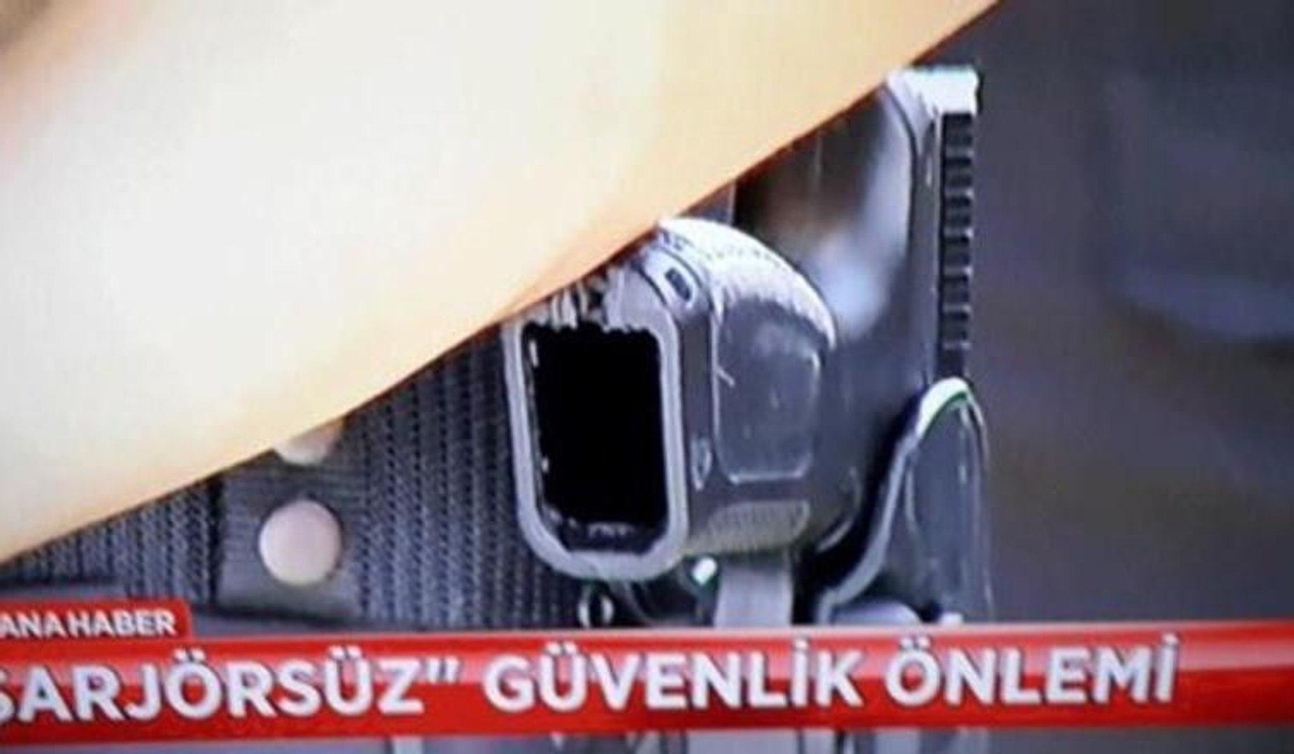 """""""ERDOĞAN POLİSLERİN ŞARJÖRLERİNİ TOPLATTI""""..."""