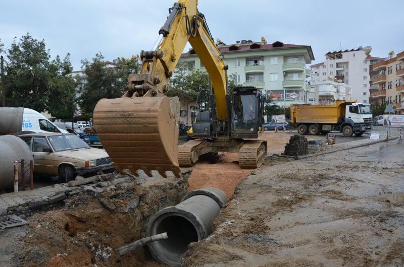 Alanya Sanayi Sitesi'nin yağmur suyu sorunu çözülüyor...