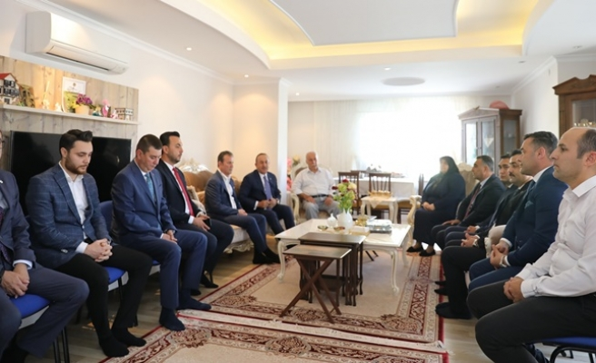 Bakan Çavuşoğlu'ndan Başkan Yücel'e taziye ziyareti...