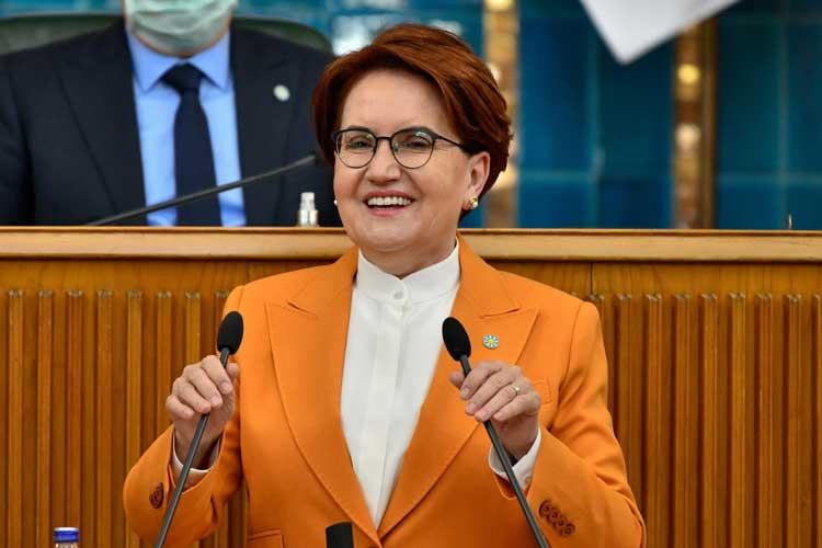 """Akşener, kürsüden Cumhurbaşkanı Erdoğan'a seslendi:""""Sıkı dur, başbakan geliyor""""..."""