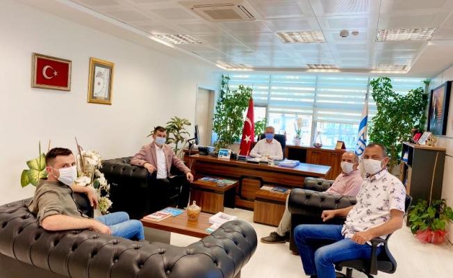 Alanya MHP'den Müdür Kaya'ya ziyaret...