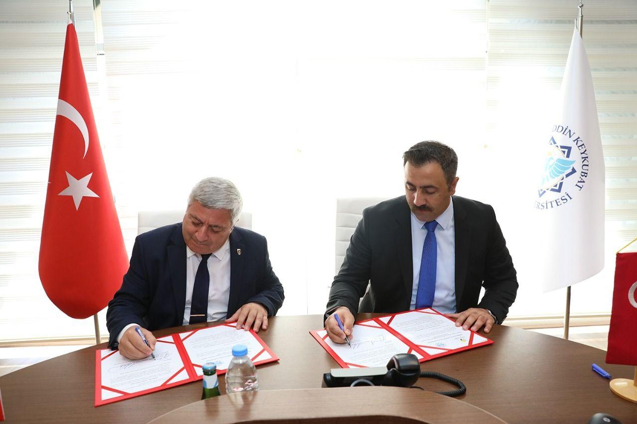 ALKÜ ile Ruse Üniversitesi arasında iş birliği...