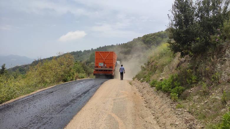 Alanya'da asfalt seferberliği sürüyor...