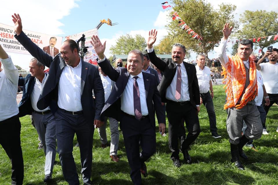 Başkan Böcek Bayramiç Yağlı Güreşlerine katıldı...
