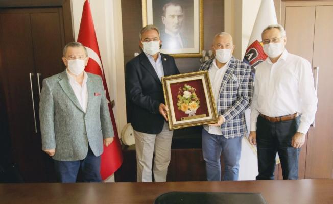 CHP'li Vekillerden Başkan Şahin'e ziyaret...