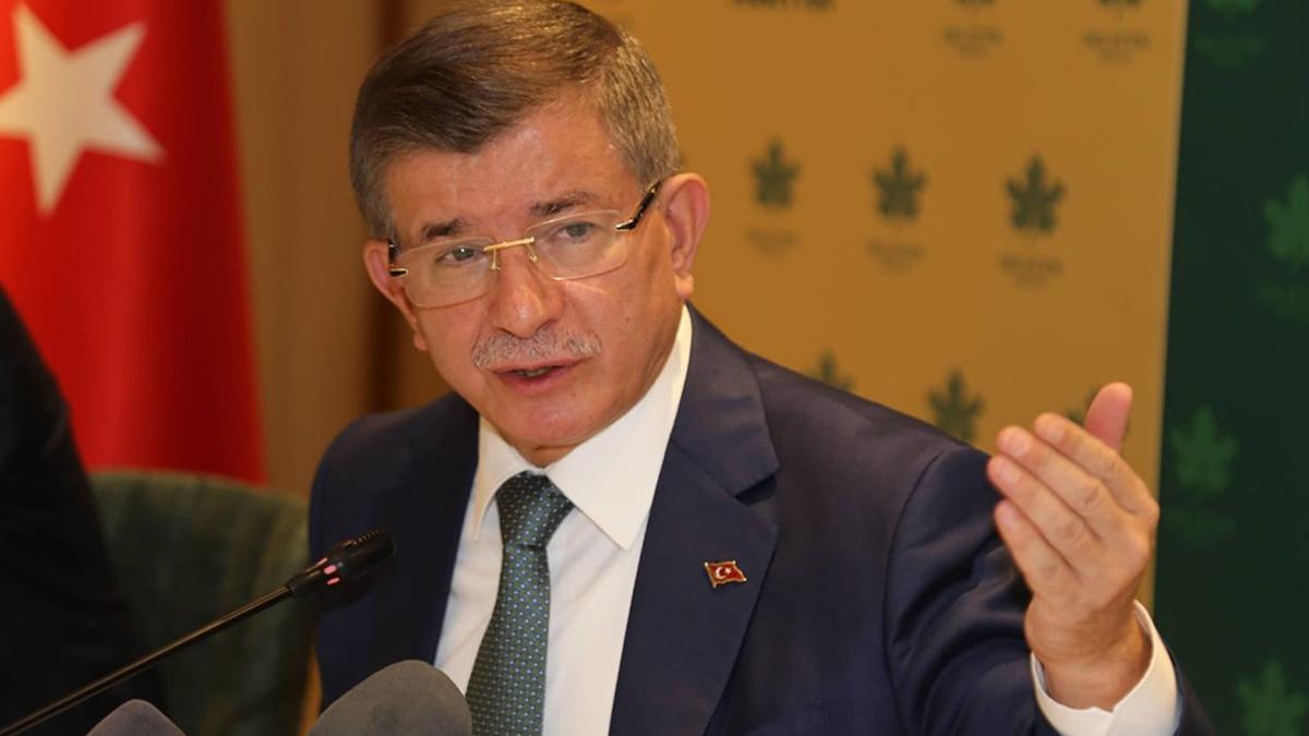 Ahmet Davutoğlu: Öcalan'ı TRT'ye çıkaranlara da soruşturma açılsın...