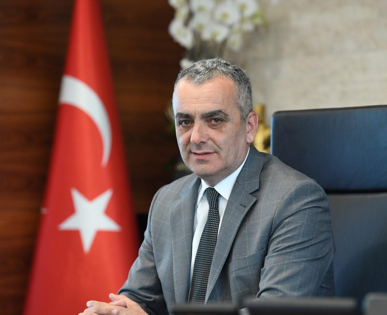 Konyaaltı'nda 100. yıla özel Emre Aydın konseri...