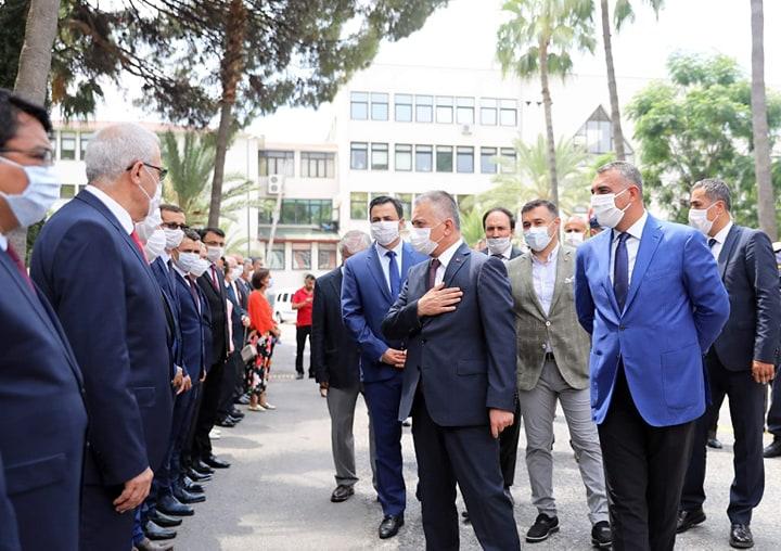 Vali Ersin Yazıcı Kaymakamlık ve Belediye'yi ziyaret etti...