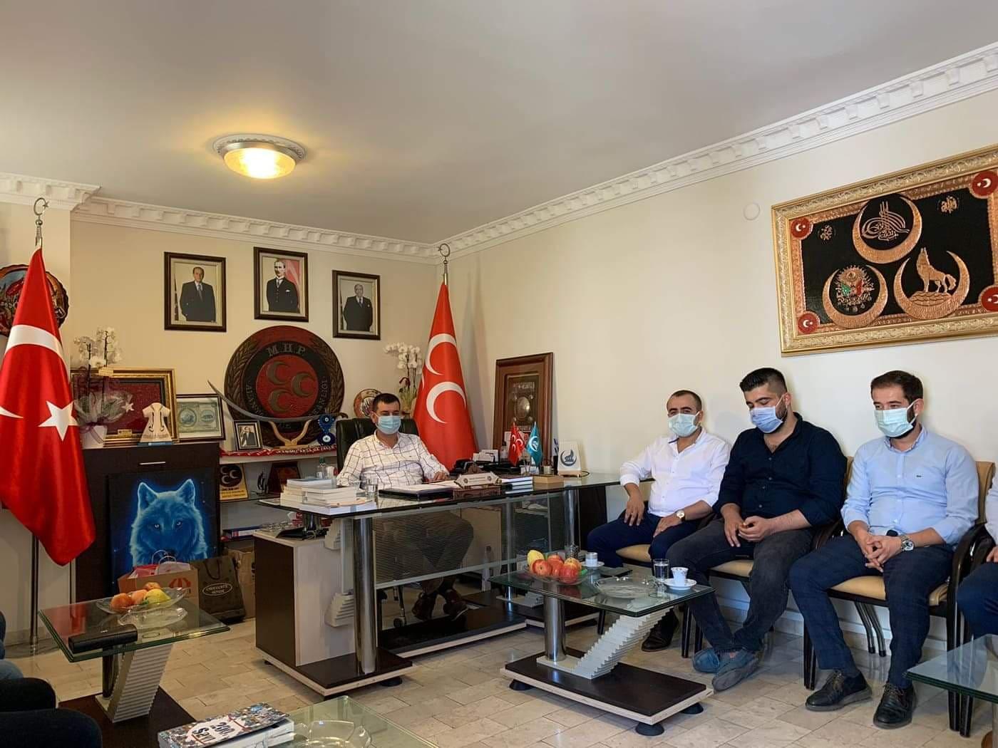 Ülkü Ocakları'ndan MHP'ye hayırlı olsun ziyareti...