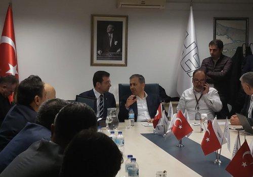 """İMAMOĞLU'NDAN KAZAZEDELERE """"GEÇMİŞ OLSUN"""" ZİYARETİ..."""