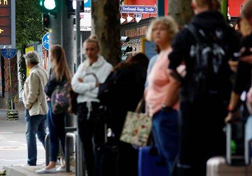 Almanya'da bomba alarmı: 16 bin kişi tahliye edildi...