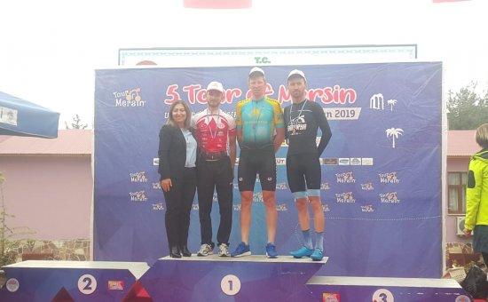 Fiberli Antalyaspor Bisiklet Takımı en iyi Türk takımı oldu