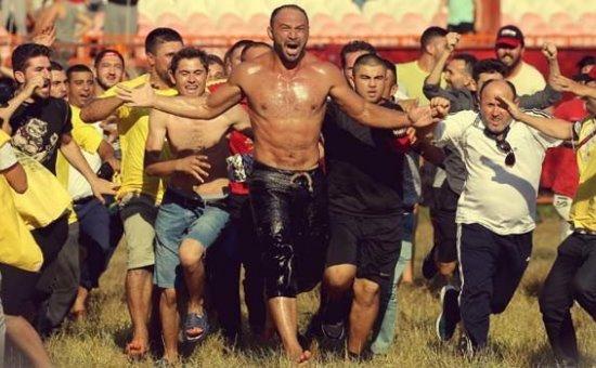 Kırkpınar Güreşlerinin  şampiyonu Ali Gürbüz oldu...