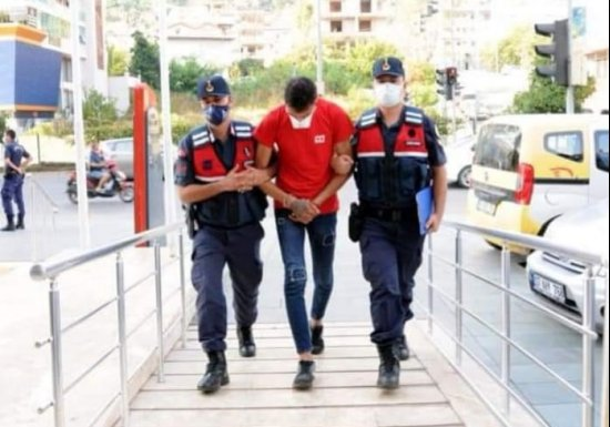 Задержан подозреваемый в краже телефона в Махмутларе...